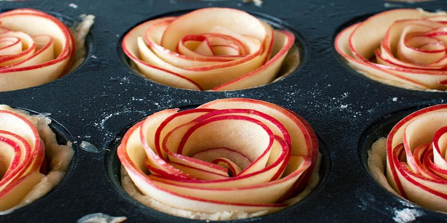 Easy Five-Spice Apple Roses